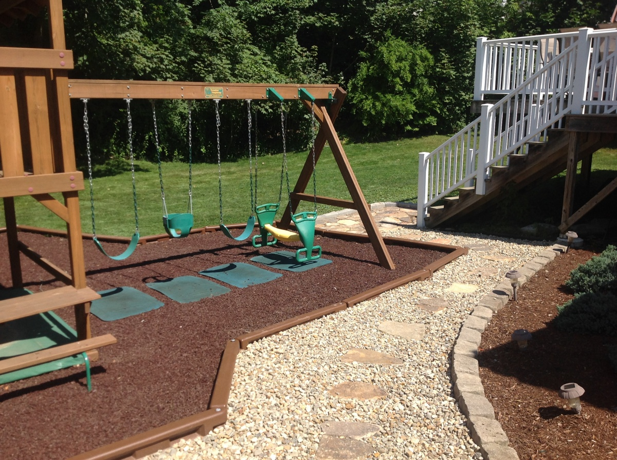play area, crushed stone walkway