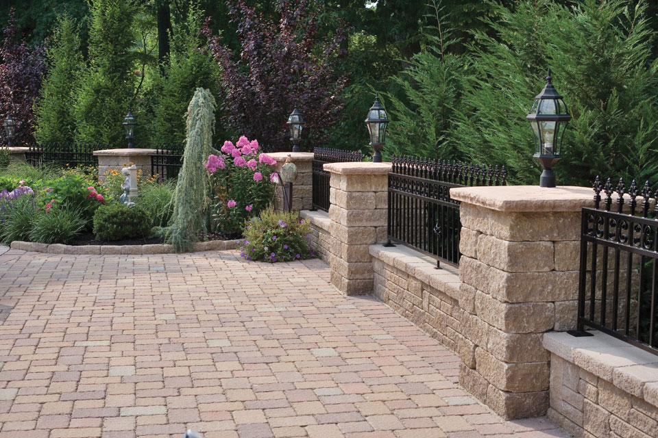 patio walls & pillars