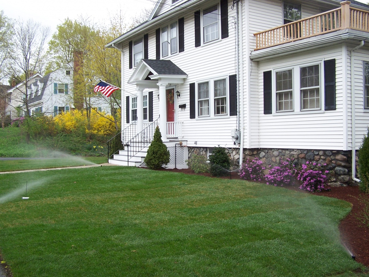lawn irrigation, green grass,