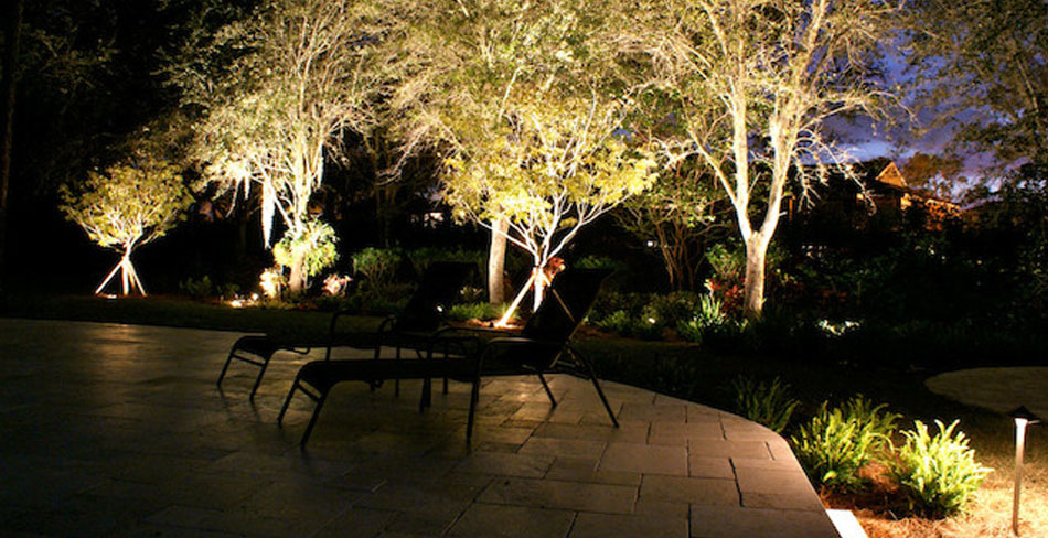accent lighting outdoors
