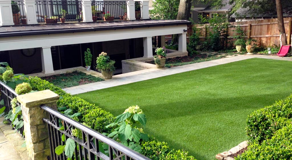 Residential or commercial artificial turf