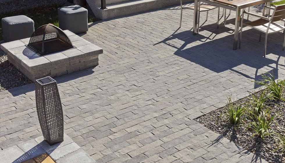 Paver Patio Area with fire pit